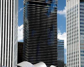 "Chicago (ILL) Downtown, Lakeshore East : "" Aqua "" Jeanne Gang 2009"