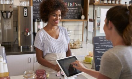 4 Ways A Mobile Learning Platform Can Help You Achieve Stellar Customer Satisfaction Scores